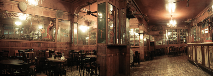 Drinking Absinthe In Barcelona S Oldest Bar Bar Marsella