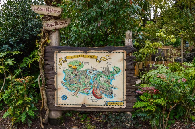 disneyland_paris_adventure_isle_sign