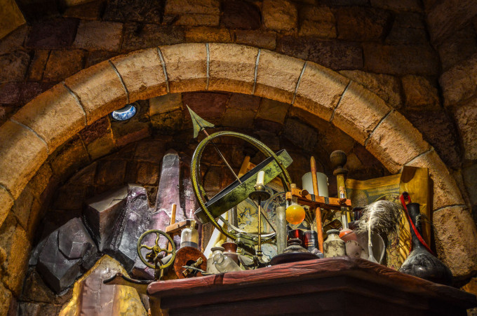 disneyland_paris_castle_merlin_l'enchanteur1