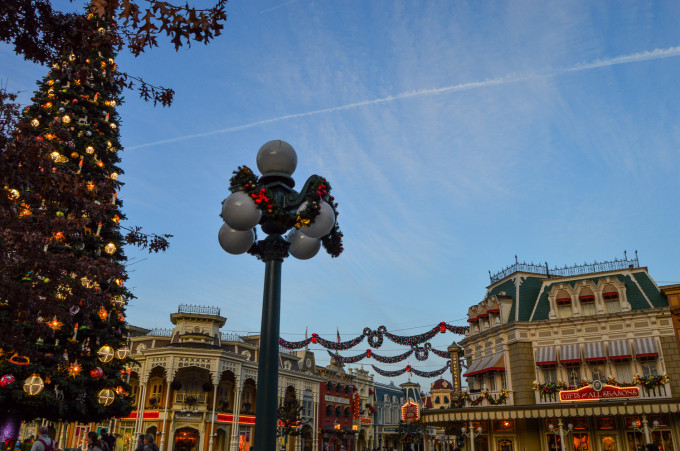 Disneyland Paris Town Square Christmas