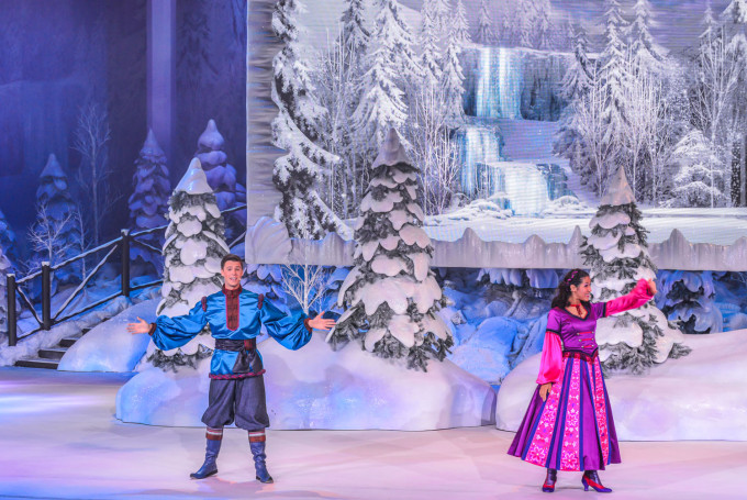disneyland_paris_frozen_sing_along10