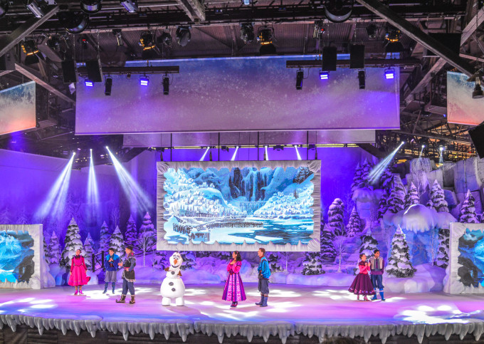 disneyland_paris_frozen_sing_along13