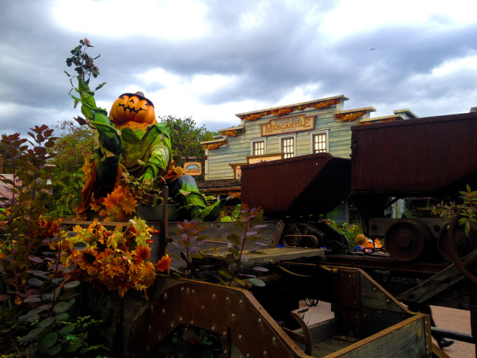 Halloween at Disneyland Paris Frontierland