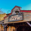 disneyland_paris_last_chance_cafe_outdoor_sign