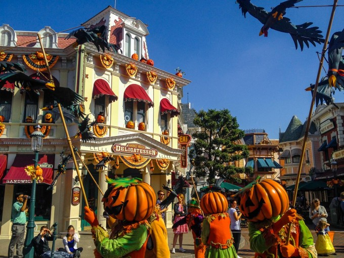 Parade Scarecrows during Halloween in Disneyland Paris