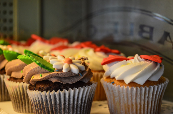 Cable Car Bake Shop Swing into Spring 2015 Cupcakes