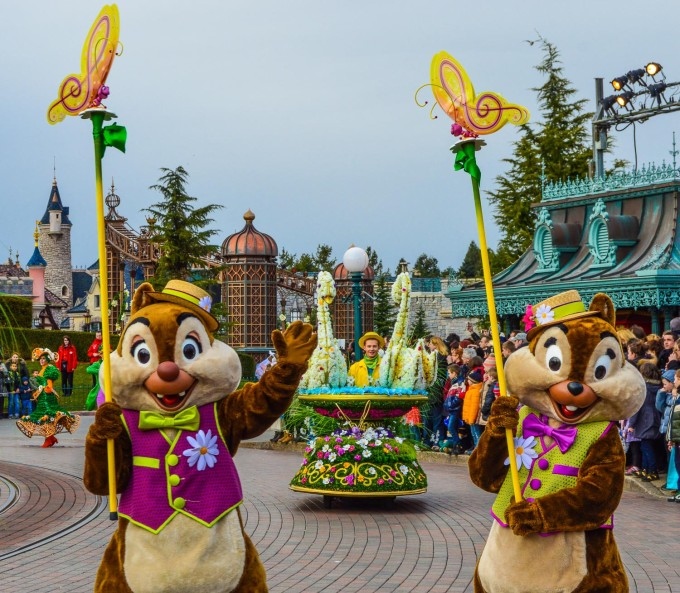 Swing into Spring 2015 Goofy's Garden Party Parade Characters