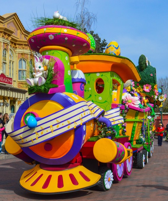 Minne Little Spring Train Disneyland Paris