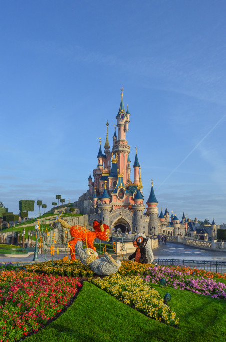 disneyland_paris_swing_into_spring_topiary_hub6
