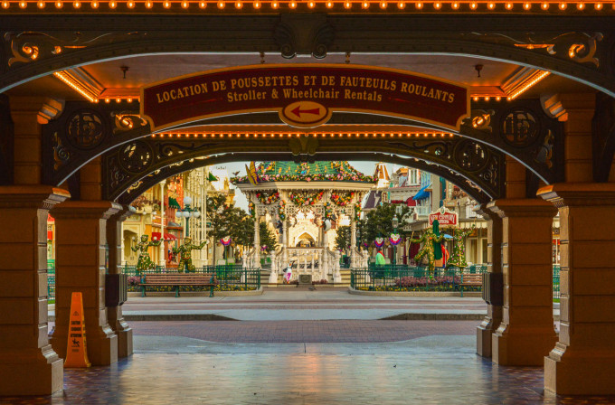 Disneyland Paris Spring Entrance
