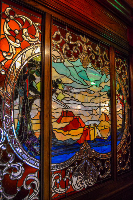 Walt's An American Restaurant Stained Glass