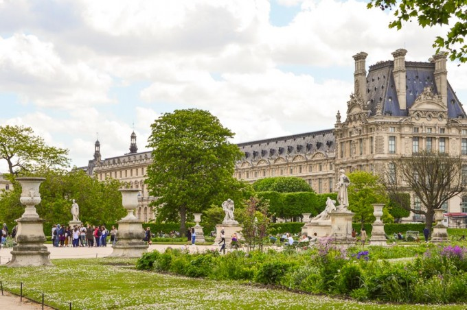 Louvre and Jardin des Tuileries in Paris